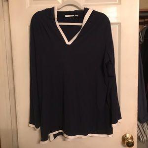 Ladies hooded shirt